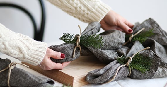 coole faltideen zum weihnachtlichen servietten falten