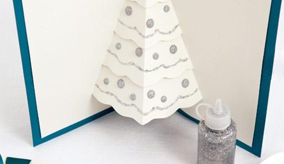 tannenbaum falten und kreative weihnachtskarten basteln freshouse. Black Bedroom Furniture Sets. Home Design Ideas
