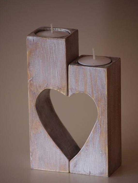 holzteelichthalter mit Herzmotiv selber machen für romantische deko mit kerzen zum valentinstag