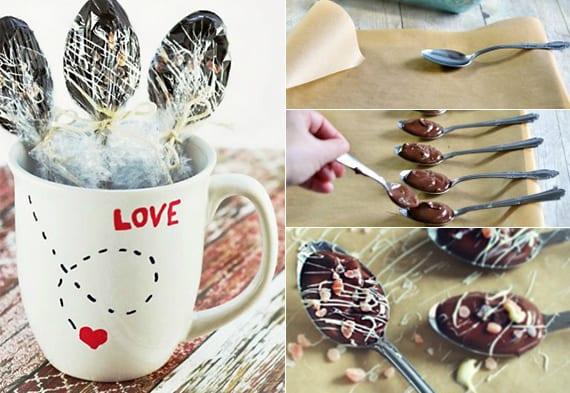 leckere geschenkidee zum valentinstag mit DIY Love-Tasse und Schokolade-Löffeln