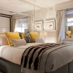 moderne gestaltungsideen für große und kleine Schlafzimmer mit spigeln hinter dem bett