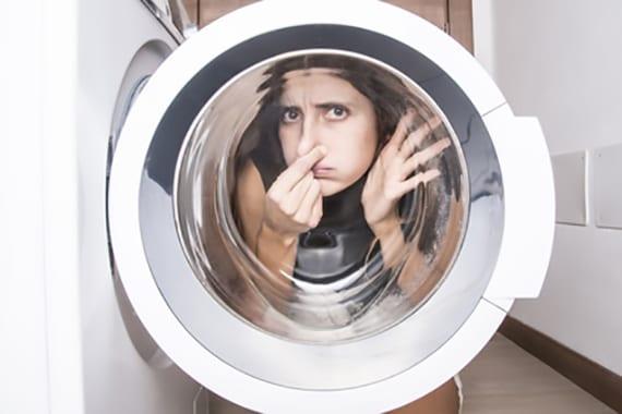 waschmaschine richtig saubern und geruch in der waschmaschine vermeiden durch waschmaschinenreiniger
