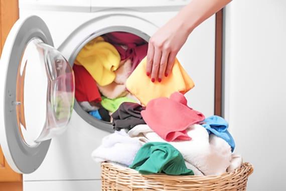 waschmashine saubern und mit passendem reinigungsmittel pflegen
