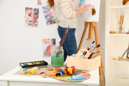 kleinen Hobbyraum für Maler gestalten