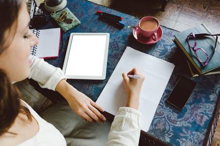 kleinen schriftsteller-hobbyraum gestalten