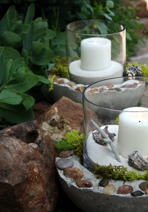 gartenwege dekorieren und beleuchten mit Kerzen in DIY Kerzenhalter aus beton