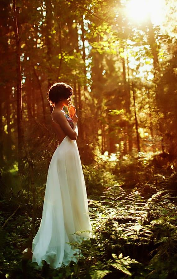 im wald heiraten und tolle hochzeitsbilder in der natur machen lassen
