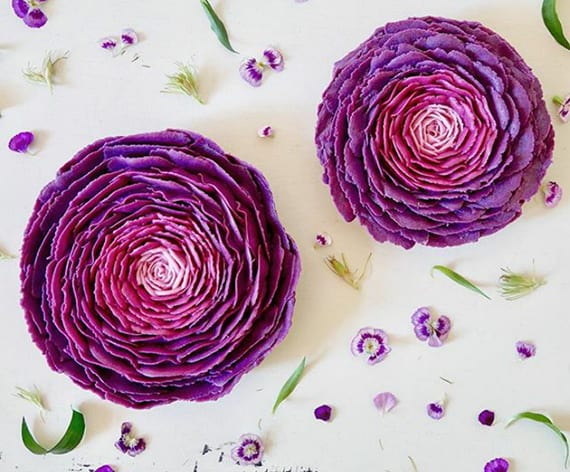 leckere rohvegane Torten mit kreative Ombre-Rosa-Dekoration