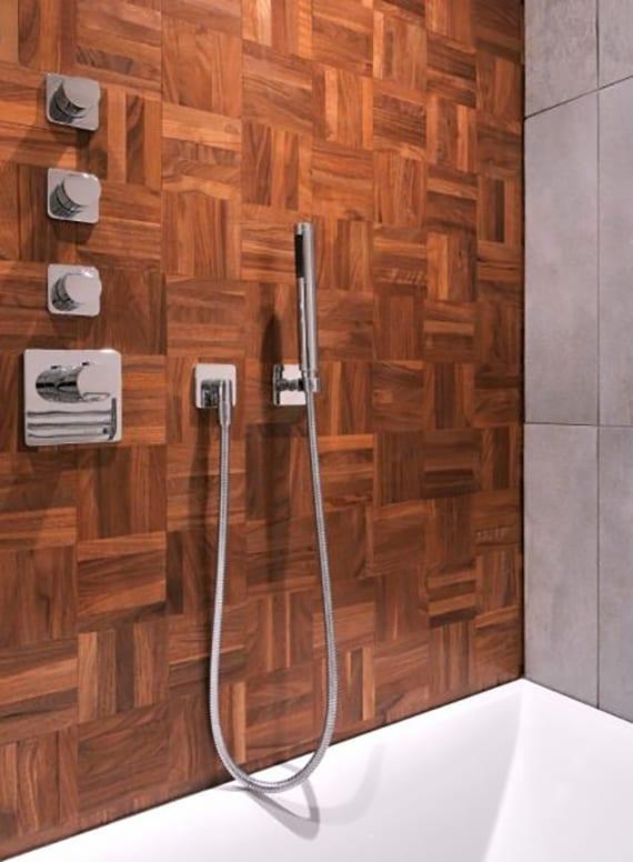 parkett badezimmer qualitt und umwelt mafi parkett tiger eiche im badezimmer praktisch und. Black Bedroom Furniture Sets. Home Design Ideas